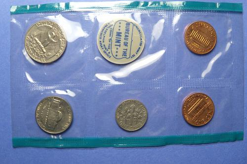 1970 Small Date Mint Set  OGP  #1970UCSD-1