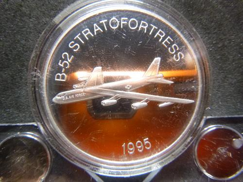 B-52 STRAT OF FORTRESS 1995 1.5 OZ PEWTER
