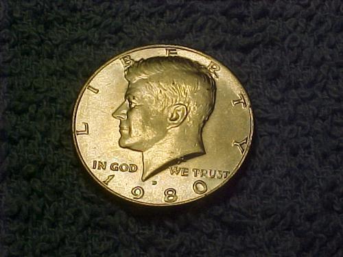 1980 D KENNEDY HALF DOLLAR     ae71