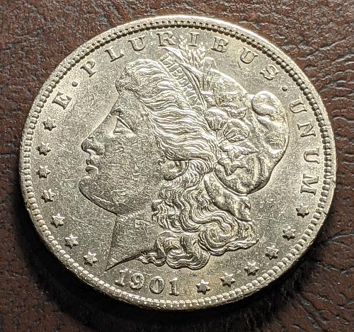 1901-0 XF/AU MORGAN SILVER DOLLAR