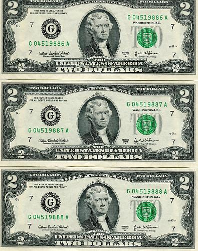 3 - $2.00 Bills   Series 1976  CRISP & Numbers are in SECQUENCE