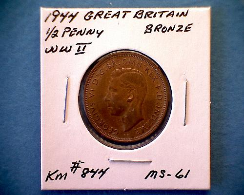 """1944 GREAT BRITAIN ONE HALF PENNY  """"KING GEORGE V1"""" """"WORLD WAR 11"""""""