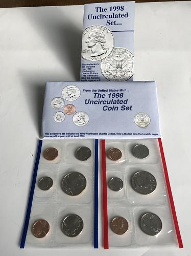 1998 P&D US Uncirculated Mint Set in the envelope W/ spec sheet  (0101-2)