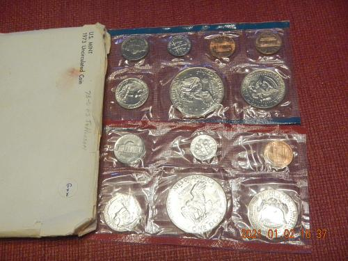 1973 P-D MINT SET Direct from the Mint in OGP with FULL Steps Jefferson's