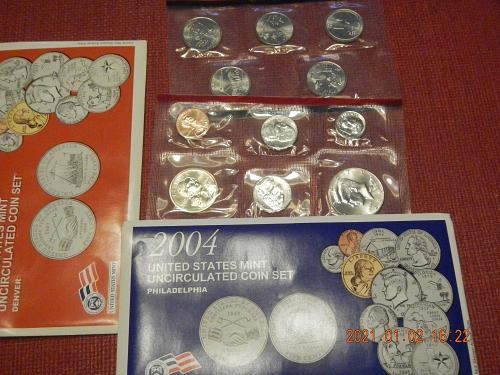 2004 P-D MINT SET Direct from the Mint in OGP