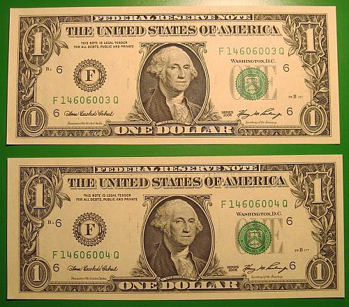 """2006 $1 Federal Reserve Note """"Green Seal"""" 2 Note Mini Lot"""