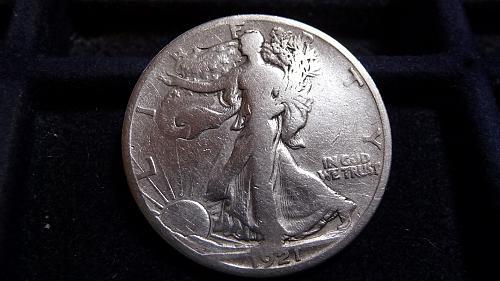 1921-S WALKING LIBERTY SILVER HALF DOLLAR IN VERY GOOD CONDITION  B-11-21