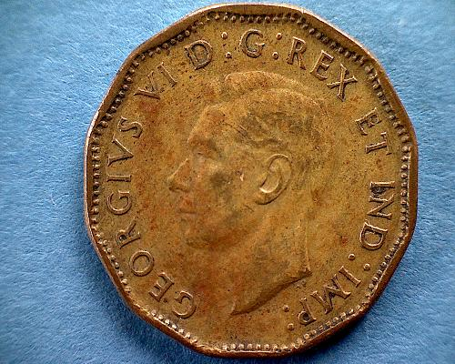"""1943 CANADA FIVE CENTS KING GEORGE V1  """"WORLD WAR 11""""  'TOMBAC'"""