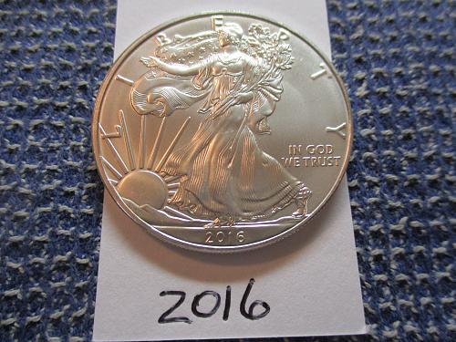 2016 American Silver Eagle.  Item: E 16.