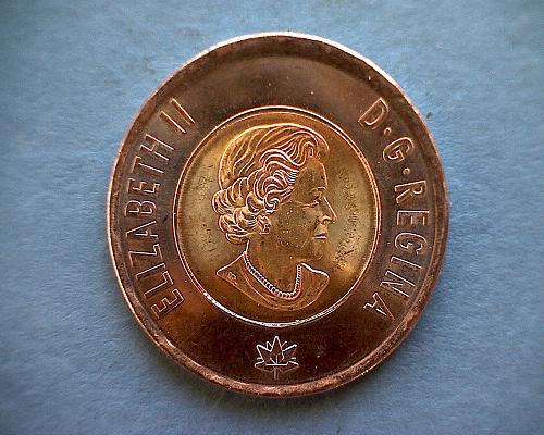 """1867 - 2017 CANADA TWO DOLLAR """"TOONIE""""  QUEEN ELIZABETH  """"150th ANNIVERSARY"""""""