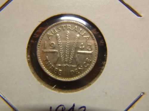 AUSTRALIA 1943 P 3 PENCE