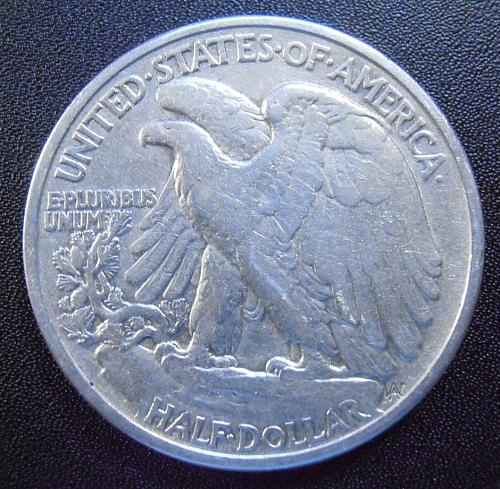 1939 P Walking Liberty Half Dollar, 90% Silver coin (39PAC9)