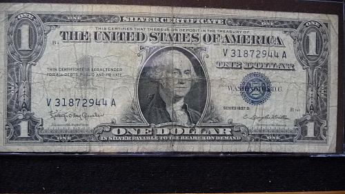1957-B ONE DOLLAR SILVER CERTIFICATE #-V31872944A  IN GOOD CONDITION  B-25-21