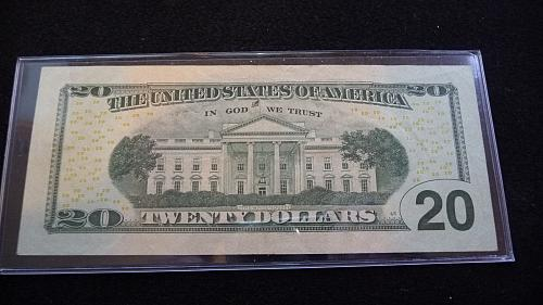 2004 $20 DOLLAR *STAR* FEDERAL RESERVE NOTE IN AU CONDITION  B-27-21