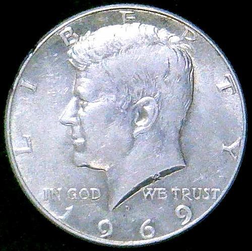 1969 D Kennedy Half Dollars 40% Silver Composition. V3P1R3