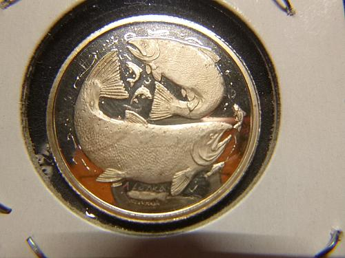 THE SEAL OF THE STATE OF ALASKA 1991 SALMON REVERSE MEDALLION