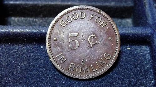 """PORT ANGELES, WA """"W.C. WILLIAMS RECREATION"""" 5 CENT BOWLING TOKEN VF CONDITION  C"""
