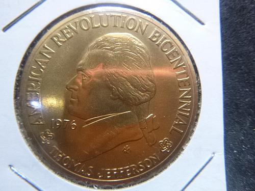 AMERICAN REVOLUTION  1976 THOMAS JEFFERSON BRONZE TOKEN