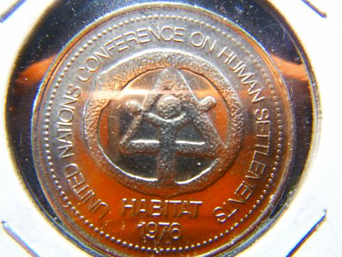 UNITED NATIONS CONFERENCE ON HUMANITUY SETTLEMENTS HABITAT 1976 TOKEN