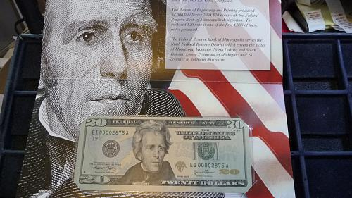 2004  $20 DOLLAR MINNEAPOLIS, MN SERIAL # EI 000002875A  WITH COA  D-3-21