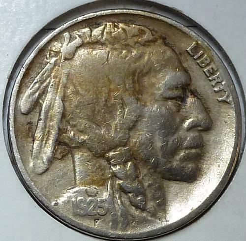1925- P Very Fine Grade Buffalo Nickel  ( 4433 )