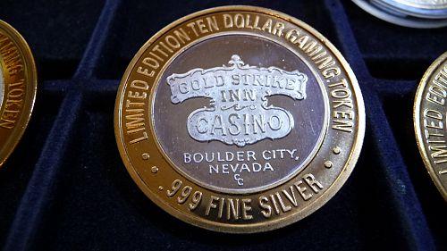 GOLD STRIKE INN, BOULDER CITY, NEVADA LIMITED EDITION .999 SILVER TEN DOLLAR TOK
