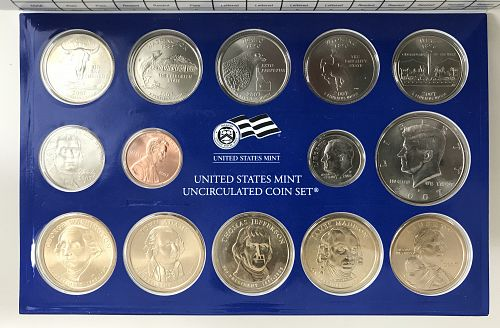 2007 P & D US Uncirculated Mint Set with the COA (0415-1)
