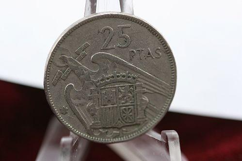 1957 Spain 25 Pesetas Francisco Franco