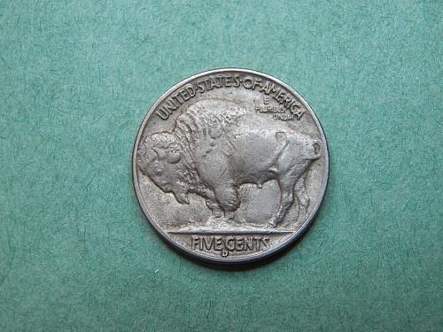 1938 D Buffalo Nickel Almost Uncirculated Coin   y01