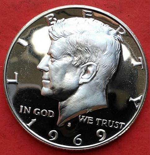 1969 S Kennedy Half Dollars. V1P13R1C3