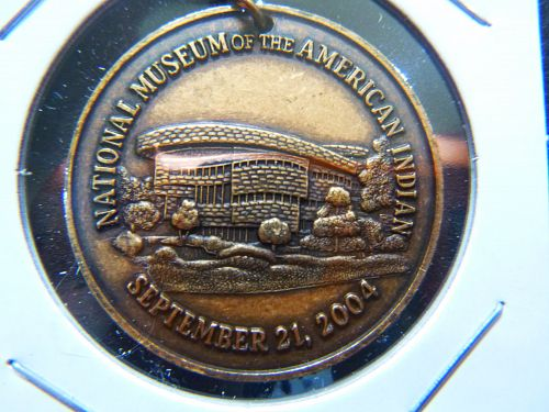 NATIONAL MUSEUM OF THE INDIANS 2004 TOKEN