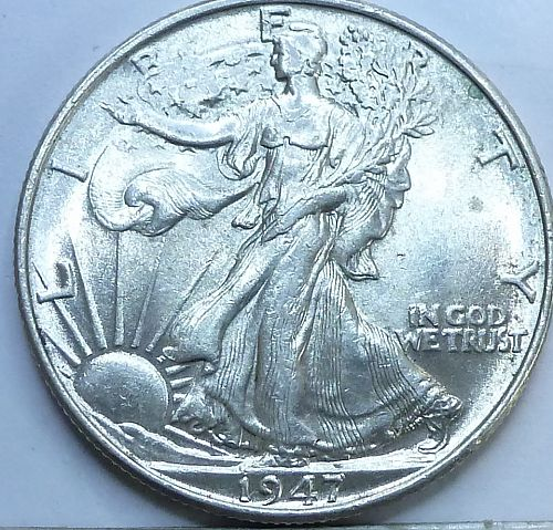 1947-P Walking Liberty Half Dollar in Uncirculated Grade ( 240-B )