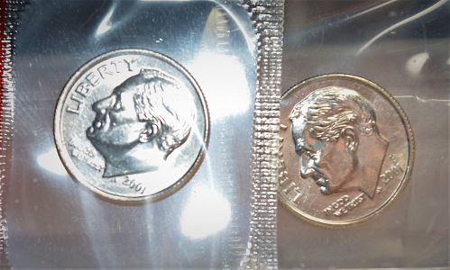 2001 P and D Roosevelt Dimes - 2 coin set BU (Untouched in Mint Cello)