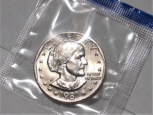 1981 P Uncirculated Susan B Anthony dollar in original US Mint cello