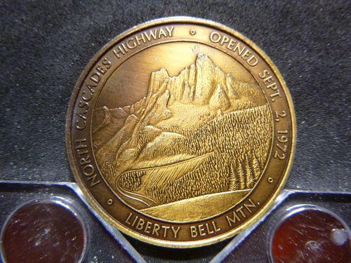 NORTH CASCADES HIGHWAY 1972 LIBERTY BELL MTN. WINTHROP WA MEDAL